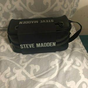 Steve Madden Bags - Steve Madden Mens Travel Case (Black)
